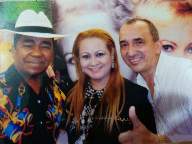 Raul e Janete com Pinduca, o'Re do Carimbói