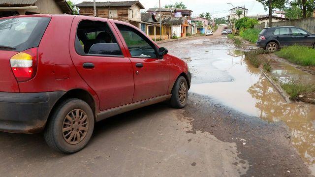 Bairro Paraíso tem ruas e travessas neste estado. Fotos: Fernando Santos