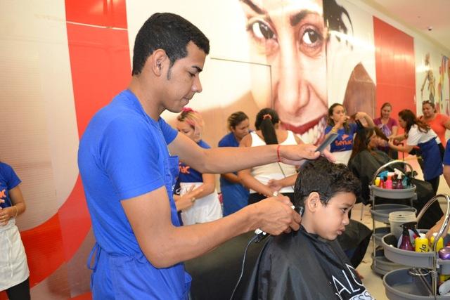 Corte de cabelo também será oferecido durante a ação
