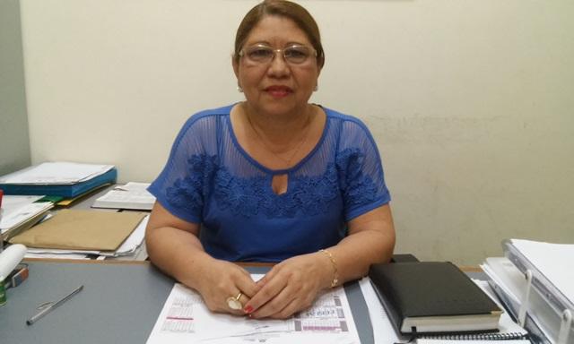 Diretora Graça Rodrigues: reorganizar o calendário