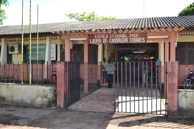 Na Escola Lauro Chaves os professores da manhã aderiram, mas da tarde paralisaram