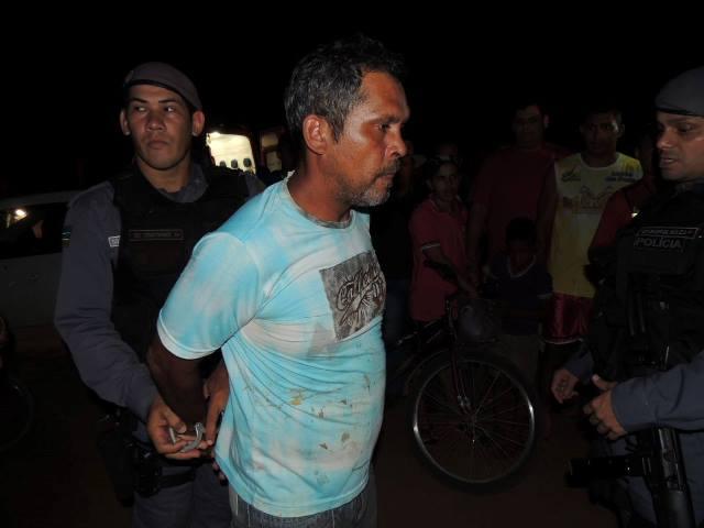 O motorista apresentava sinais de embriaguez e foi preso no local do acidente