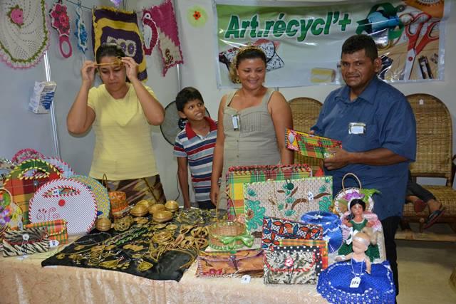 Família de artesãos de Oiapoque