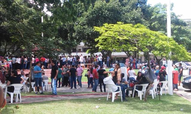 Apesar da greve estar marcada para esta terça, 5, os professores já iniciaram manifestações. Fotos Cássia Lima