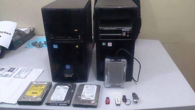 HDs e computadores apreendidos na casa de Renival Lima. Perícia vai determinar tamanho do prejuízo. Fotos: Olho de Boto