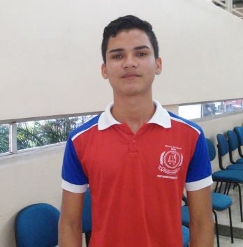 Alyson Lopes, estudante da escola
