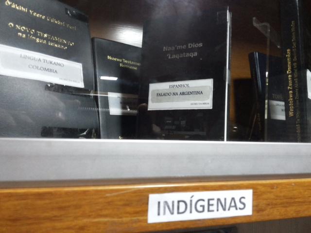 Bíblias em linguagens indígena