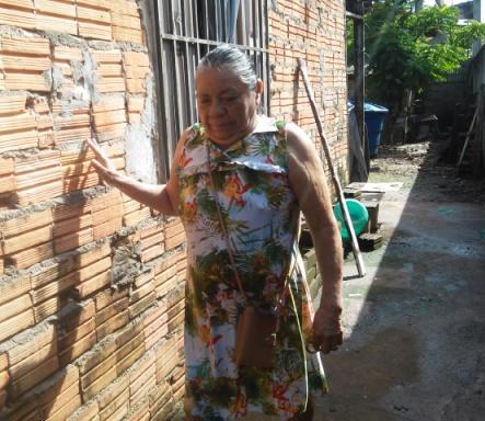 A dona de casa Rosa Vilhena