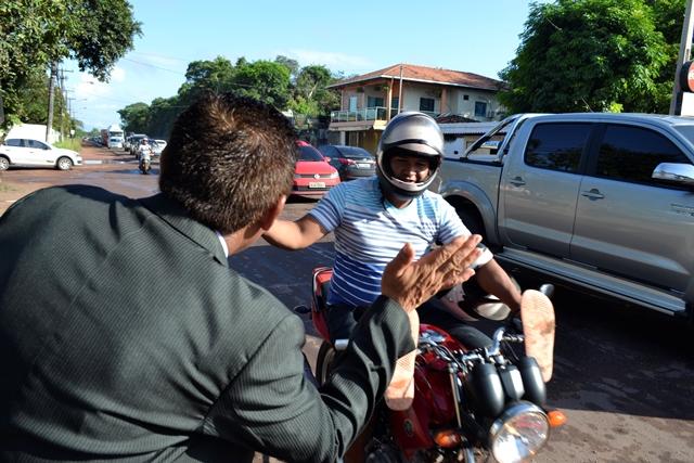 Motociclista retribui gentileza