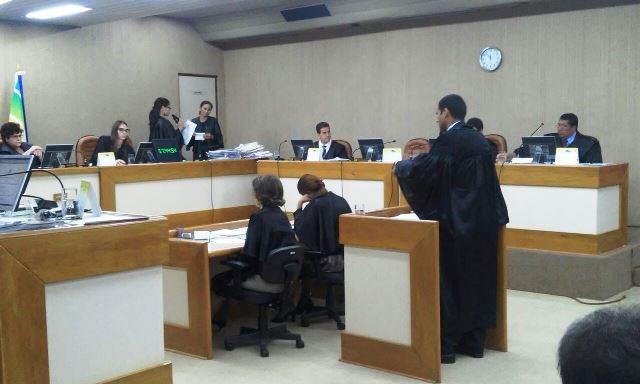 Julgamento ouviu advogados
