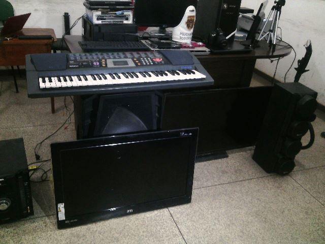 Eletroeletrônicos, instrumentos musicais e outros objetos recuperados