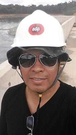 Sérgio Almeida tinha uma tripla jornada todos os dias, e ainda ajuda pessoas pobres. Fotos: Arquivo familiar