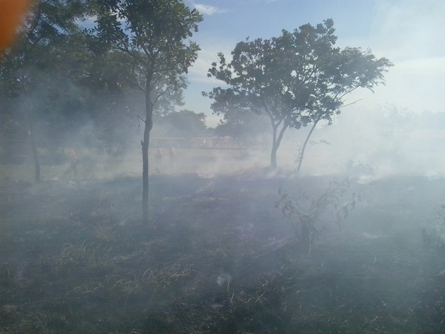 Fumaça no local. Fotos: Manoel do Vale