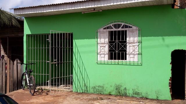Casa onde Felipe mora foi invadida por policiais
