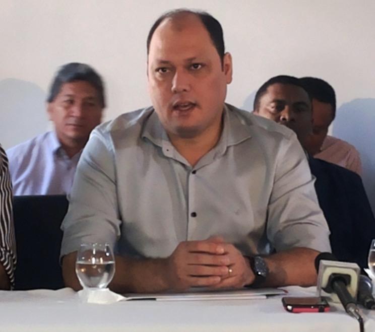 Ex-prefeito, Robson Rocha: priorizou pagamento de fornecedores com dinheiro da repatriação. Foto: Cássia Lima