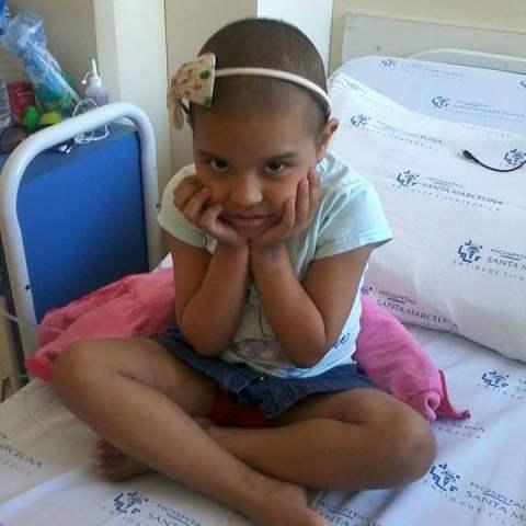 Sara em tratamento em São Paulo. Fotos: Cássia Lima