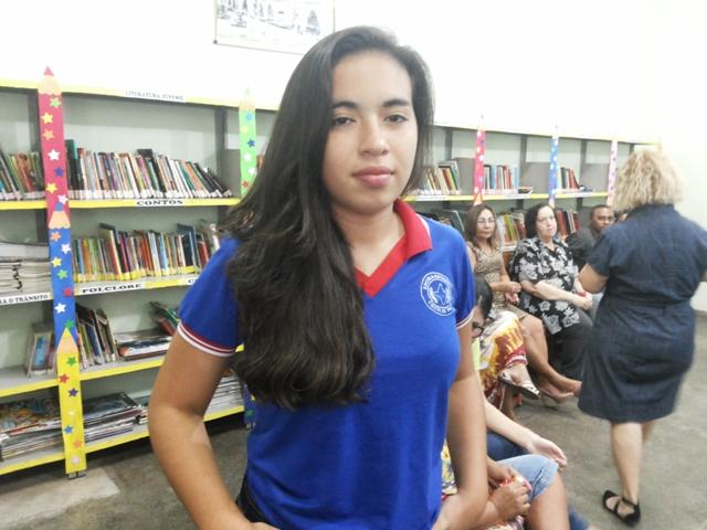 Fernanda, de 17 anos, fez pesquisas para aprender mais sobre os jogos