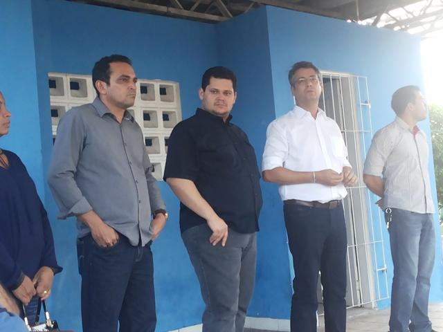 Prefeito de Macapá, Clécio Luis e senador Davi Alcolumbre: critério era ter uma fábrica de cerveja na cidade