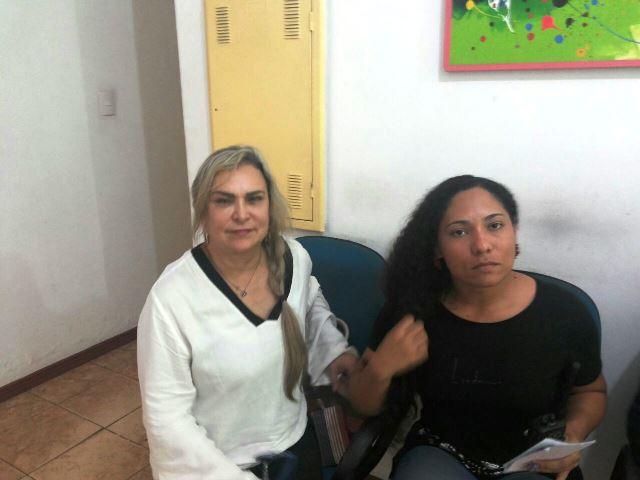 Cristina Baddini e a chefe de fiscalização foram para a Delegacia de Crimes Contra a Mulher prestar queixa. Foto: André Silva