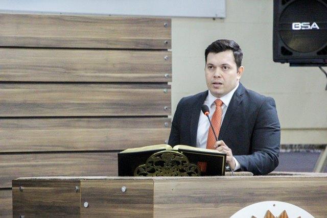 Presidente da CMM, Acácio Favacho relatou exemplos na família