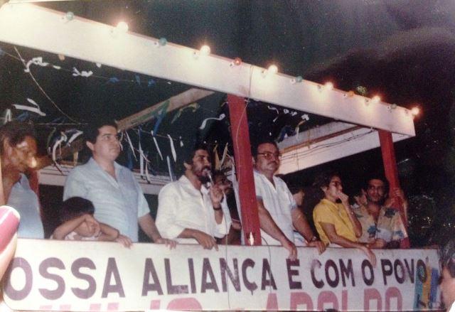 À esquerda, Júlio Pereira