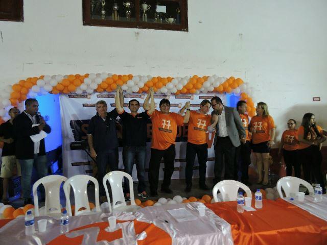 Max ao lado do vice-presidente deputado Fabrício Furlan