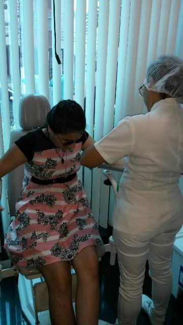 Adolescente fará novo procedimento cirúrgico, dessa vez no olho esquerdo