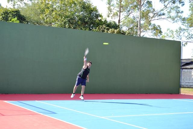 Tradicional quadra de tênis foi revitalizada