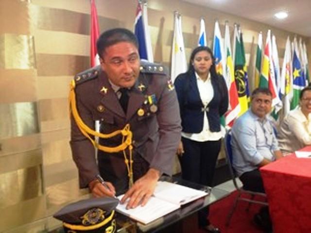 Tenente-coronel já sendo procurado pela Corregedoria da PM para o cumprimento do mandado