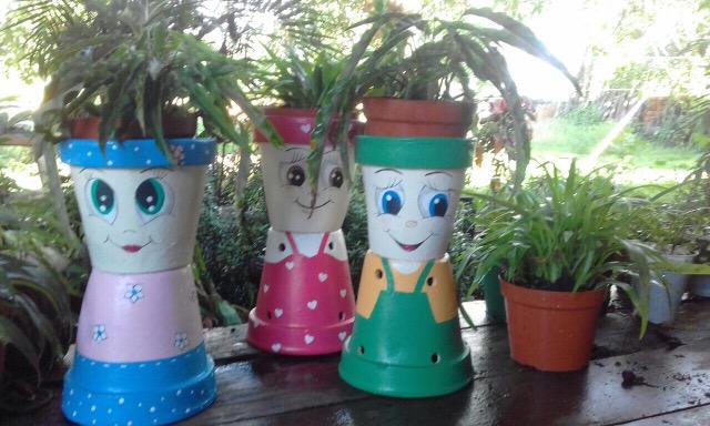 Vasos decorados dão charme às mudas de plantas