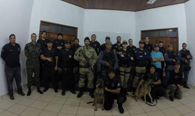 Cerca de 70 policiais e militares participaram da operação. Fotos cedidas pela Polícia Civil