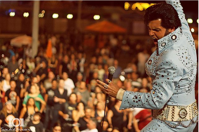 Renato é considerado o mais fiel cover de Elvis