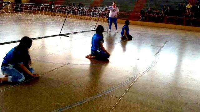 É a primeira vez que os alunos praticam uma modalidade paralímpica