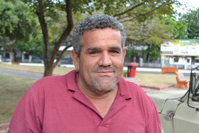 """Sempre sorridente André Carlos: """"Movimento tá melhor"""""""
