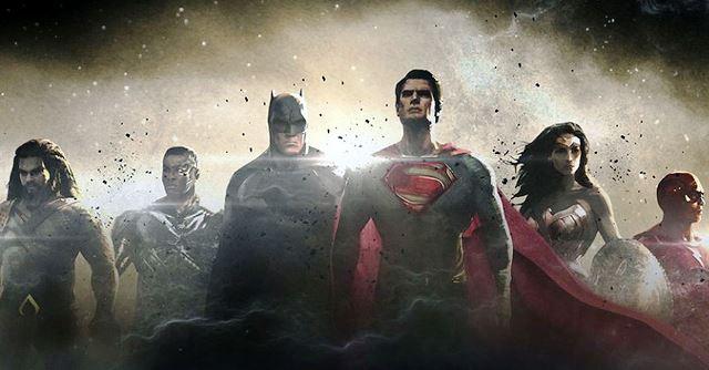 Aquaman, Flash e Cyborg se juntam a Superman, Batman, -Mulher-Maravilha. Imagens: Divulgação