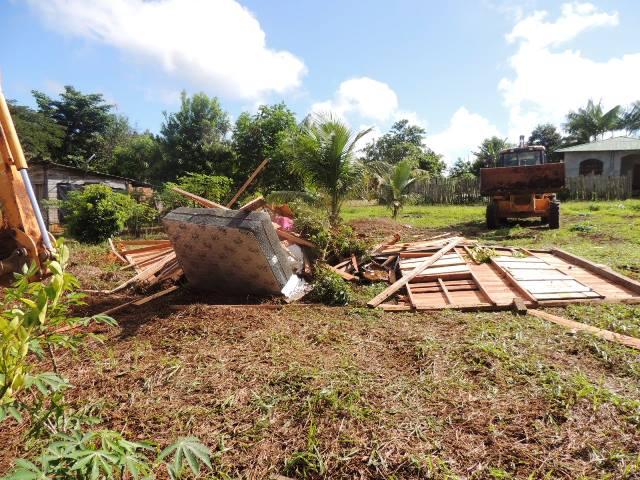 24 casas foram demolidas