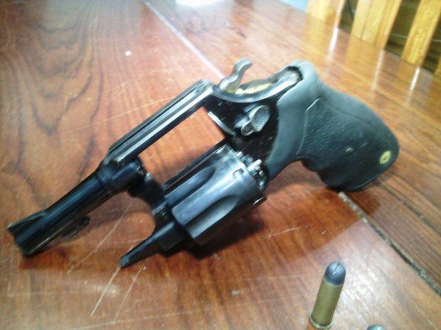 policia arma