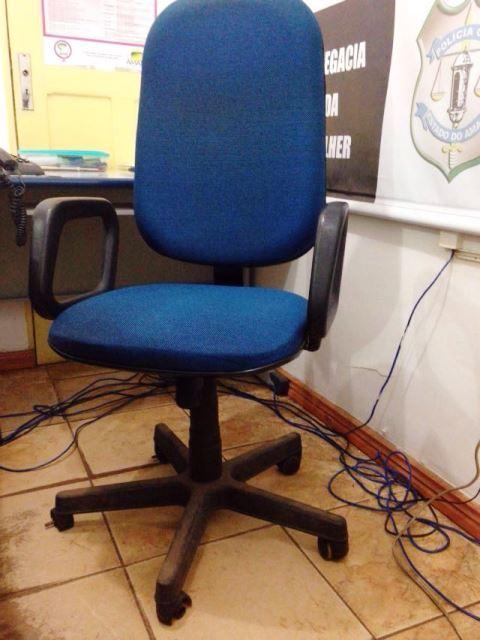 Mobília sem condições de uso