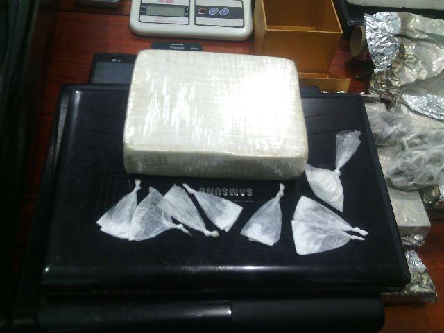 Dois quilos de maconha e meio de cocaína pura