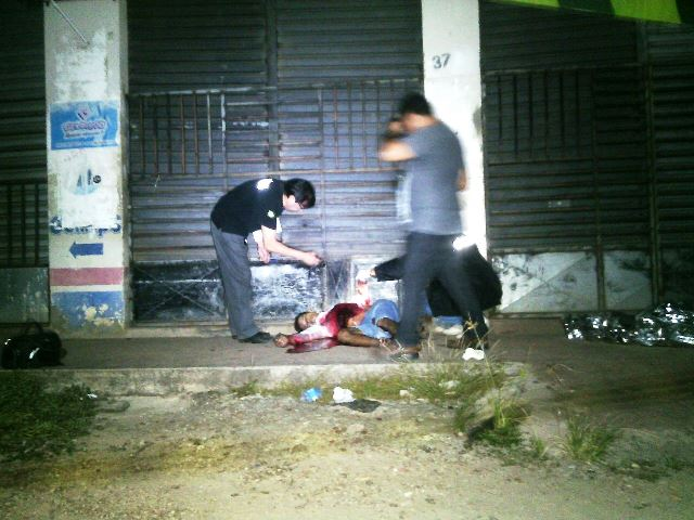 A perseguição terminou em frente a um estabelecimento na Avenida Timbiras. Fotos: Olho de Boto