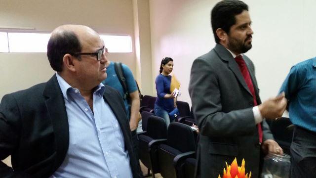 À esquerda, promotor Adilson Garcia: pedido de apoio ao SBT. Fotos: Fernando Santos