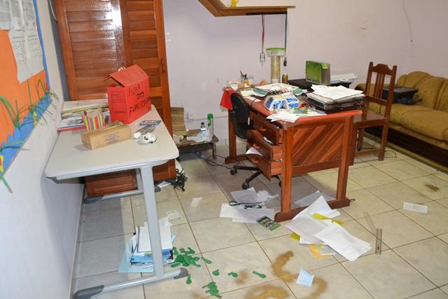 Escola no Infraero II que já foi assaltada 10 vezes: policiais farão rondas noturnas