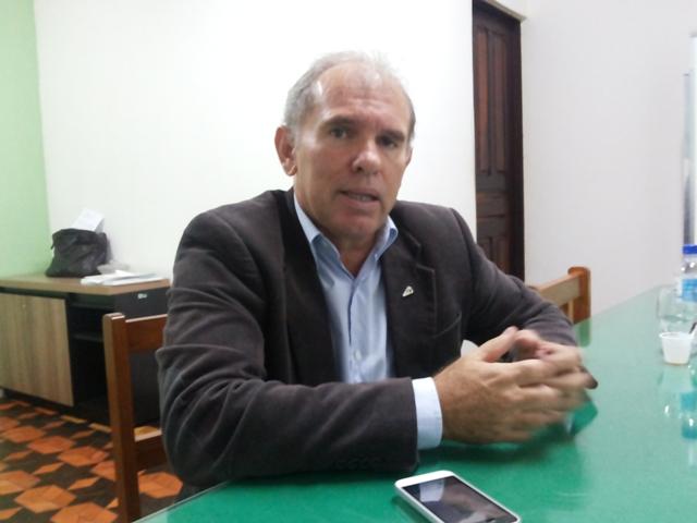 Presidente da Diagro, José Roberto. Todo o material apreendido será