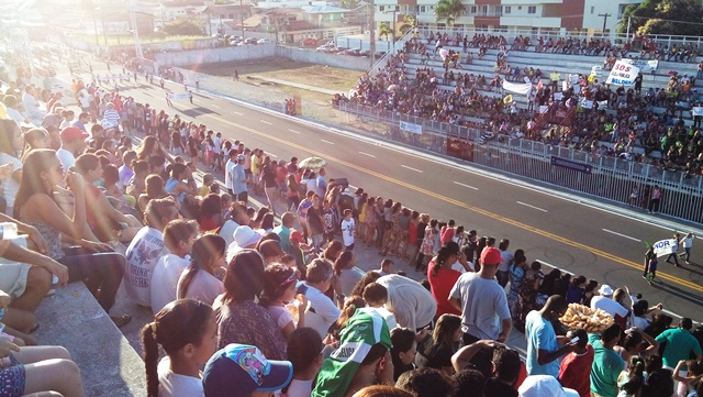 Sambódromo ficou lotado. Fotos: André Silva