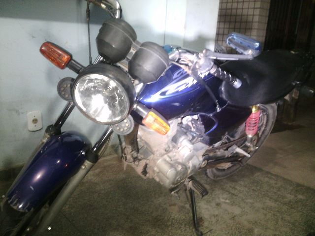 A moto foi furtada de uma residência no Brasil Novo