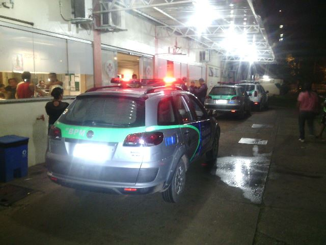 Noite movimentada no Hospital de Emergência de Macapá. Foto: Olho de Boto