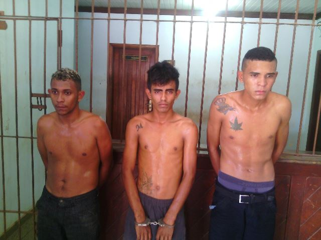 Criminosos foram presos em um quarto de hotel. Fotos: Olho de Boto