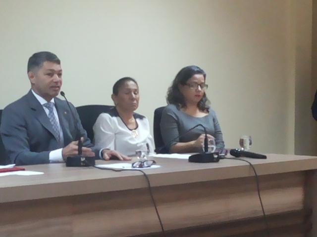 Situação da obra do Metropolitano foi tema de audiência pública. Fotos: Cássia Lima