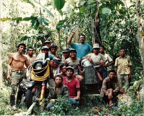 Antônio com amigos do Panamá