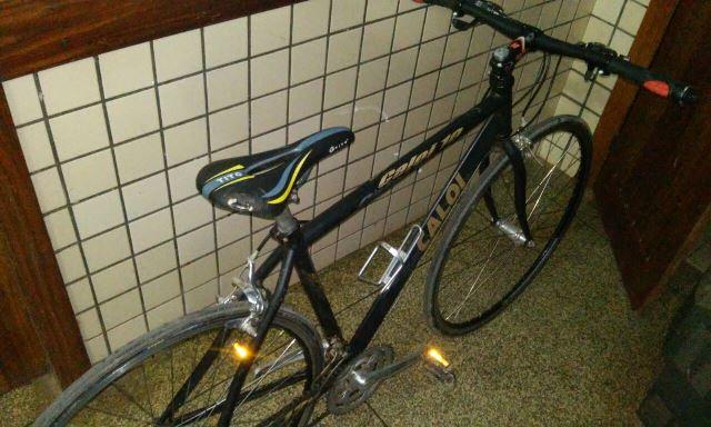 Entre os objetos apreendidos, o Bope encontrou uma bicicleta
